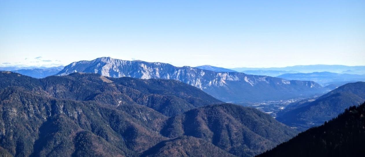 Herrlicher Blick zum Dobratsch (Villacher Alpe)