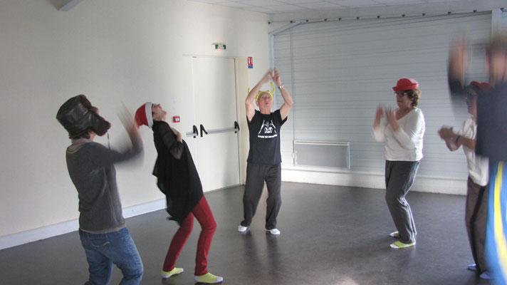 Atelier de yoga du rire à Saint orens, décembre 2015