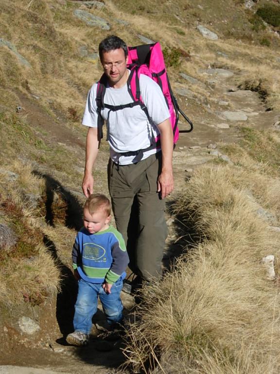 Mit Papa am Wandern