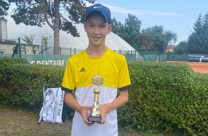 Felix Triquart gewinnt BTTC Junior-Cup