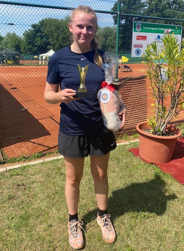 Jolina Meyer gewinnt bei den 4. NTC-Junior Open