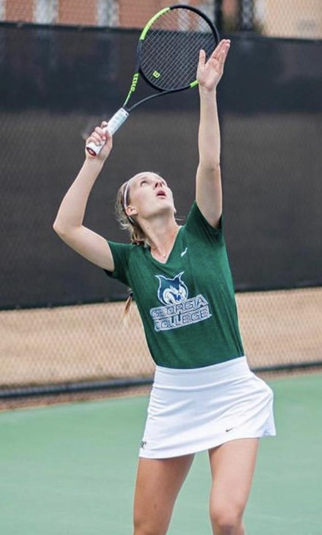 Unsere 1.Damen Spielerin Emilia Richter beim College Tennis