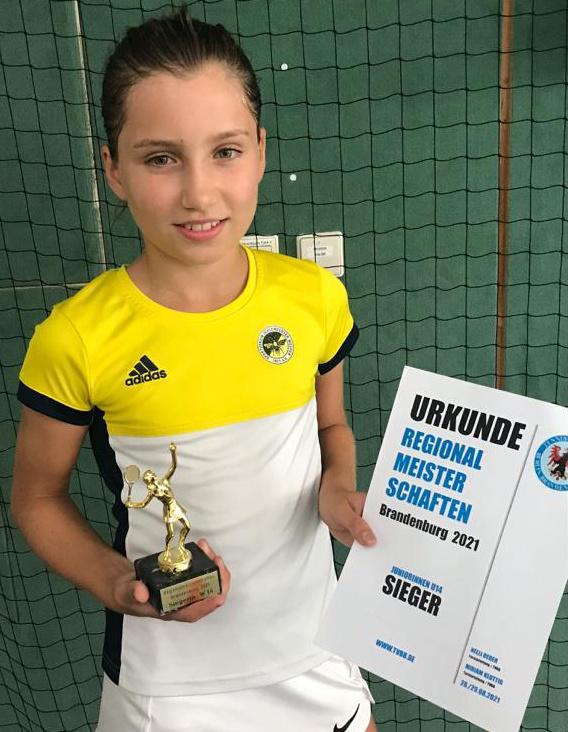 Laura Krake holt den Titel bei den Regionalmeisterschaften (Süd-) Brandenburg