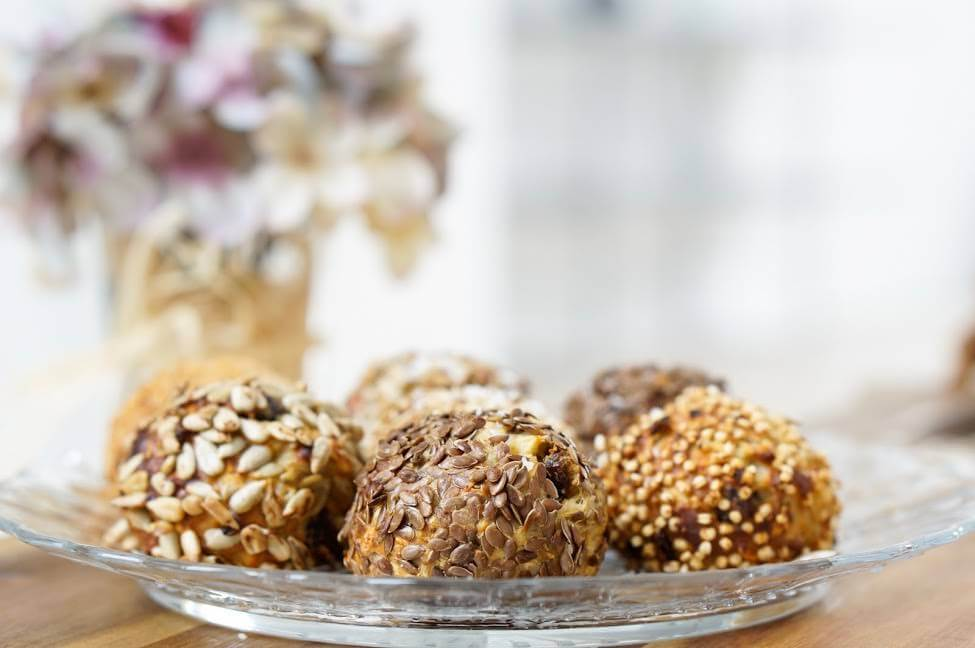 Energy Balls   fluffig, clean & low carb