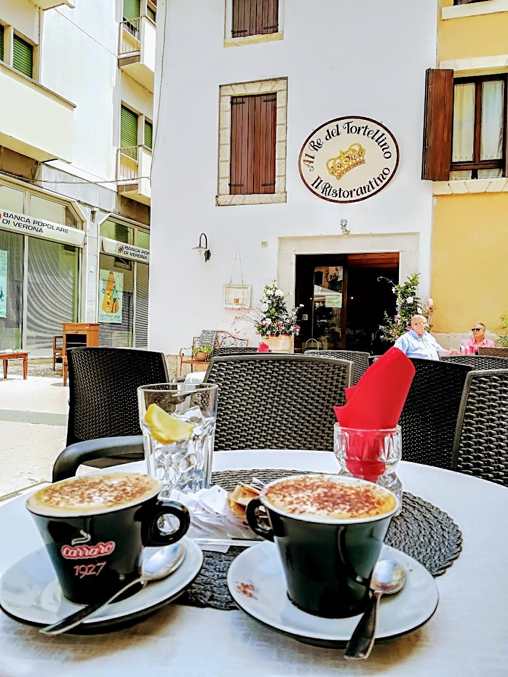 Kaffeepäuschen mitten in Valeggio