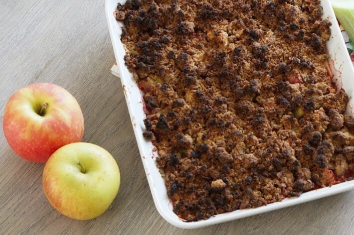 Fruchtiger Crumble | clean, fruchtig & low carb