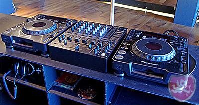 Cubus Birrhard Pioneer DJ Geräte