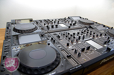 Pioneer CDJ 2000, Pioneer DJM 2000