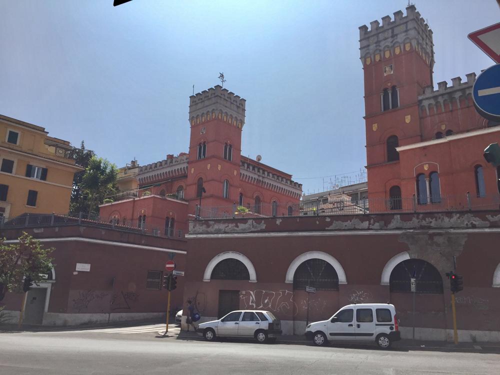 Unsere Unterkunft in Rom (linker Türmlesbau)