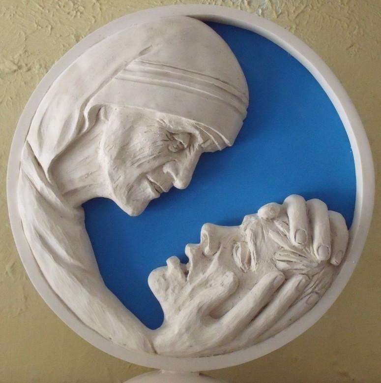 Madre Teresa, gesso