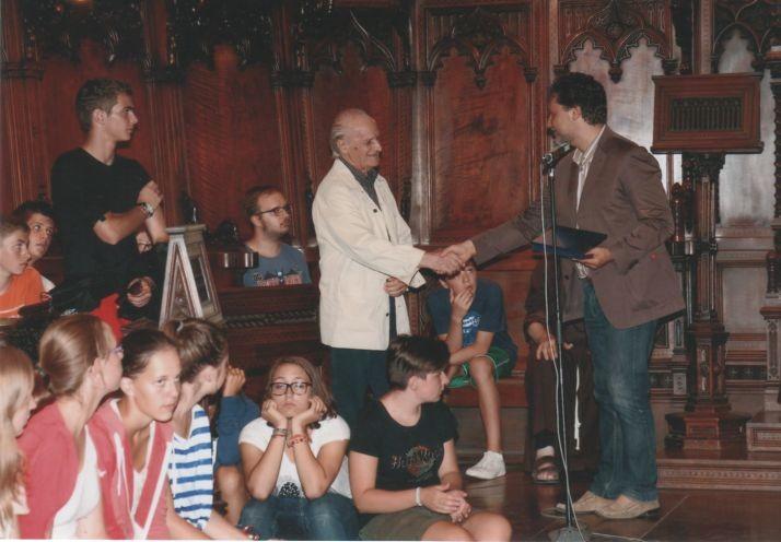 Edgardo con il sindaco di Loreto, dott. Paolo Niccoletti