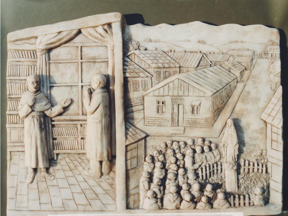 Nel 1927 fonda Niepokalanow, la Città dell'Immacolata