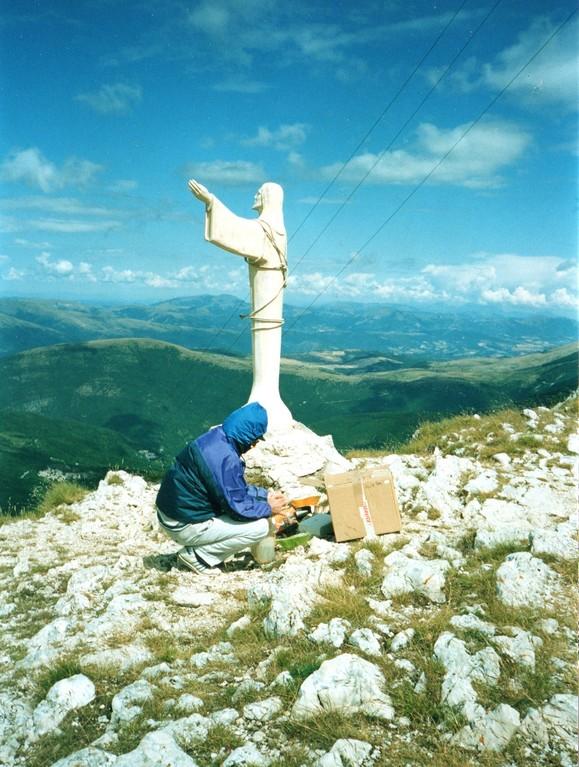 Agosto 2004: Ristrutturazione della statua