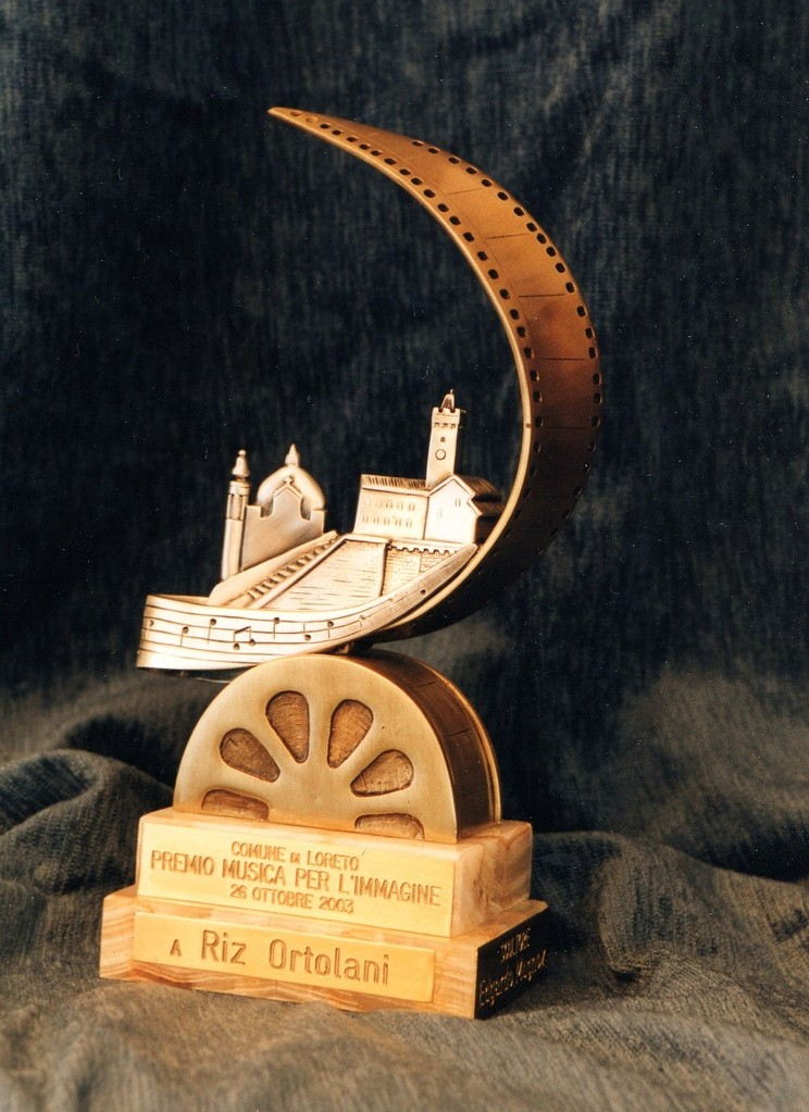 Trofeo per Riz Ortolani