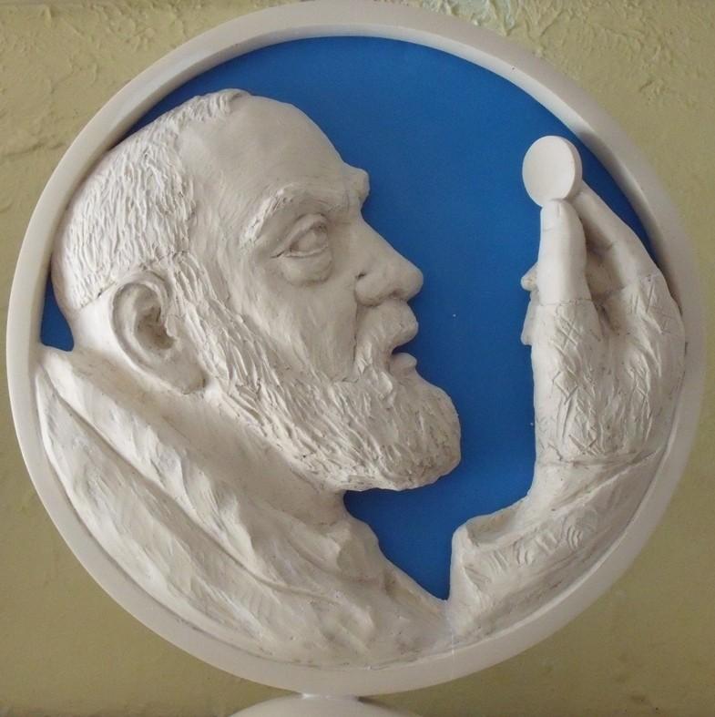 Padre Pio, gesso