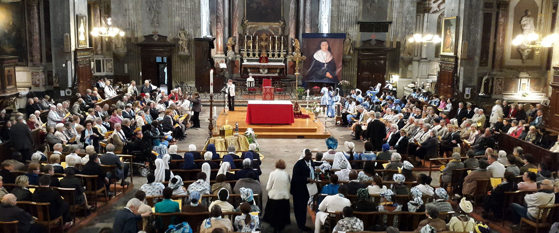 Misa en la Iglesia de Saint Benoît - Castres