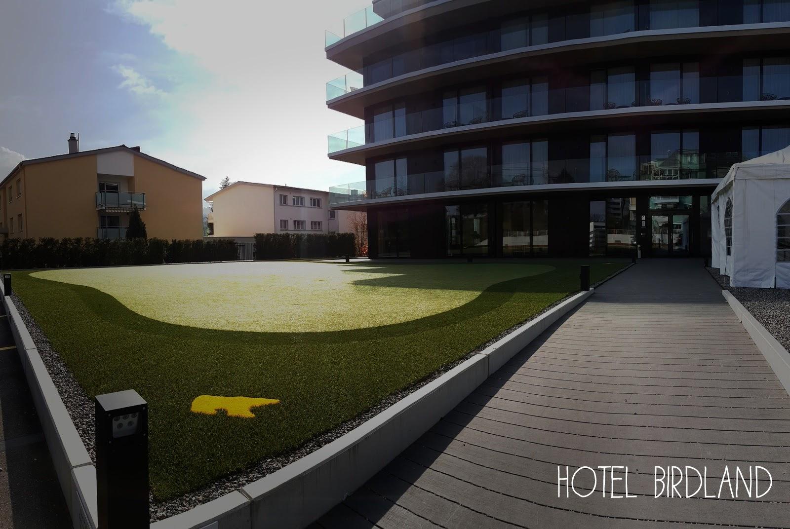 Hotel Birdland, Schweiz