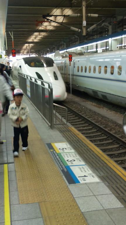 福岡駅つばめ到着