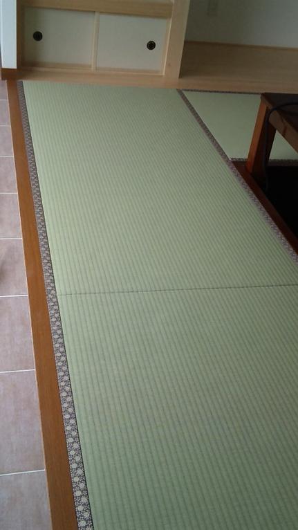 床厚、15ミリの6畳敷きです。