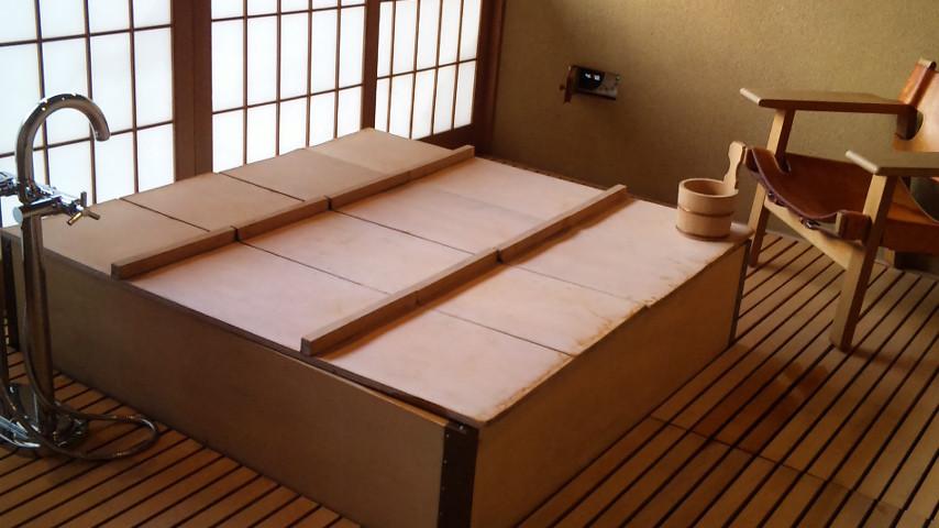 2階の展望檜風呂