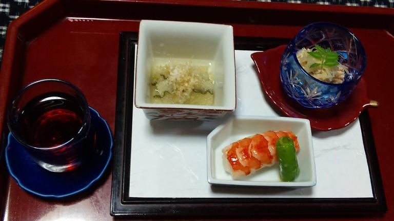 前菜 ぶどう酒 海老寿司
