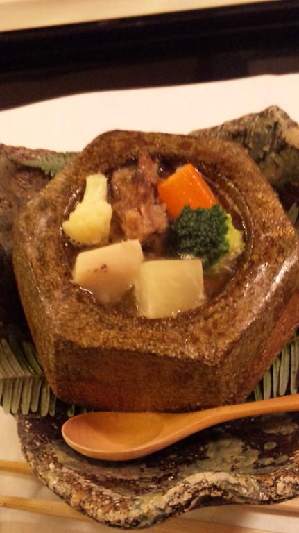 石焼 牛テールスープ煮 蓮根・人参・カリフラワー・ブロッコリー