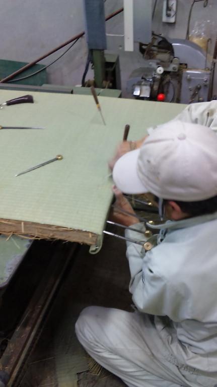 框縫い作業