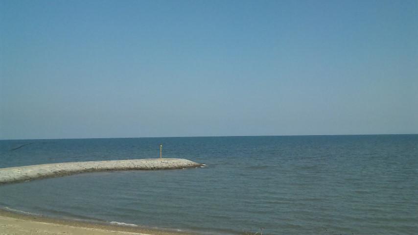 周防灘の水平線、天気良いのできれいです。