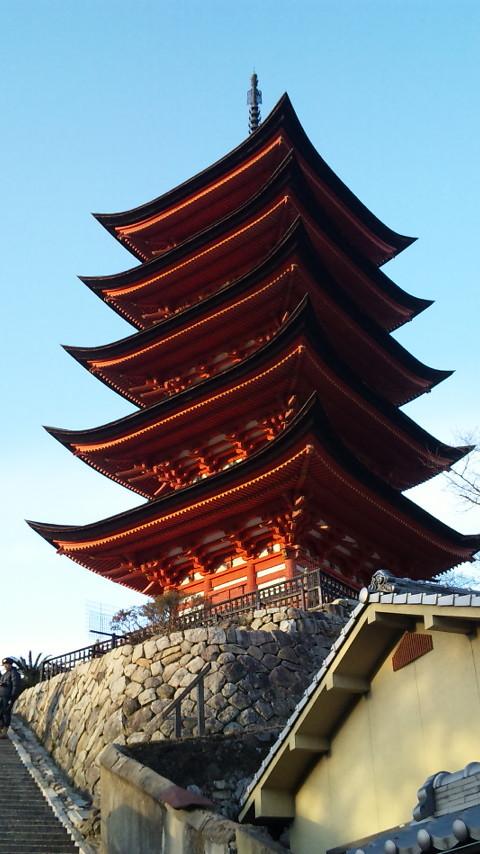 豊臣秀吉が建立した千畳閣・五重塔