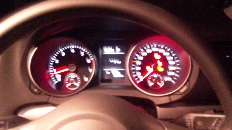時速240キロまで表示・・・実際200㌔はでます。