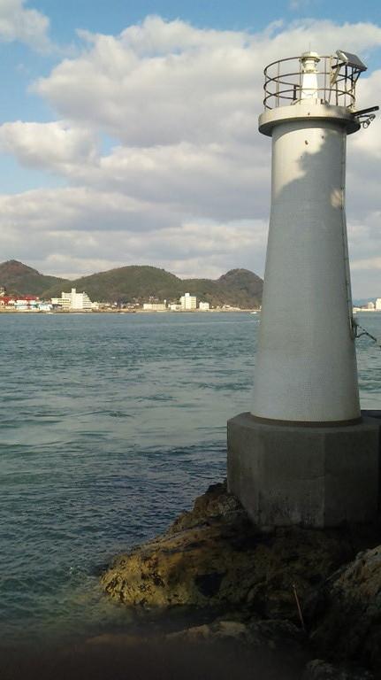 灯台前は潮が激流になります