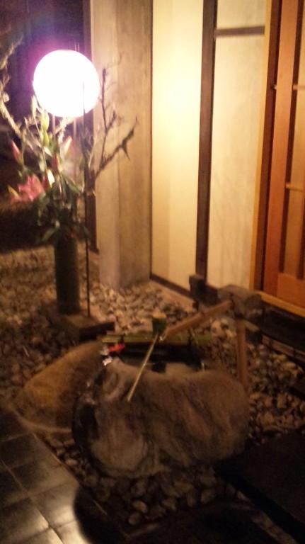 お部屋の入口にもちょっとしたお庭が・・・