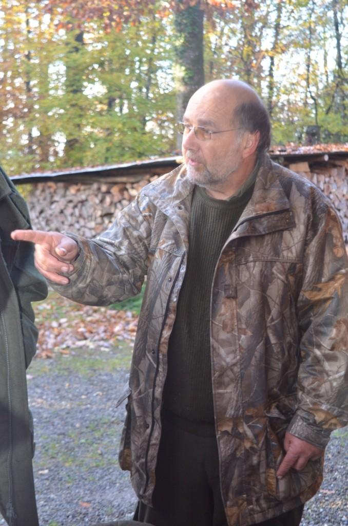 Und der Herr Jagdleiter machte bereits am frühen Morgen klare ansagen.