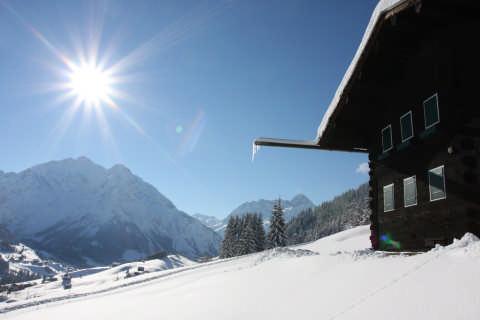 Blick ins winterliche Walsertal