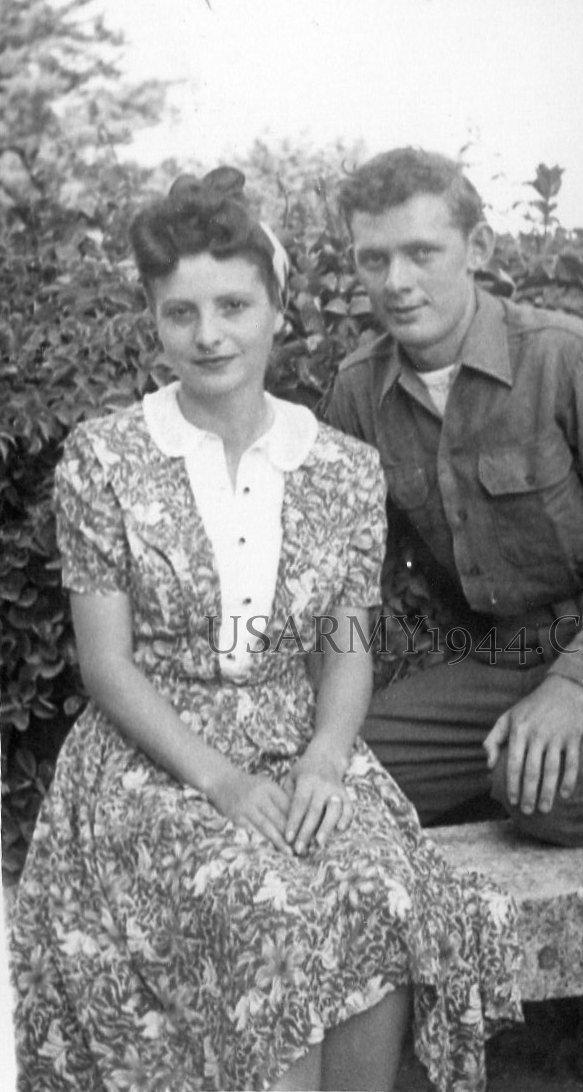Italian woman 1944
