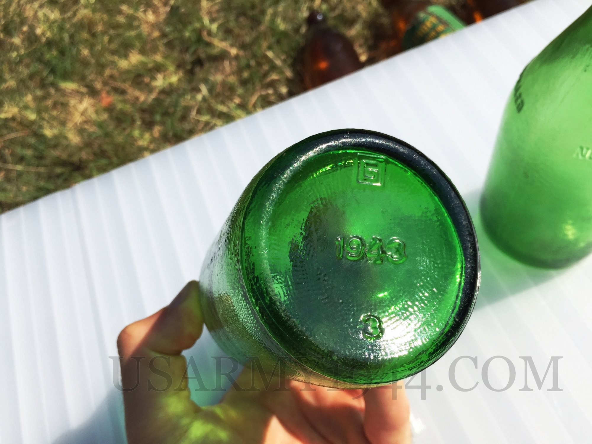 Prodotto da Glenshaw Glass Co.  Glenshaw PA 1943