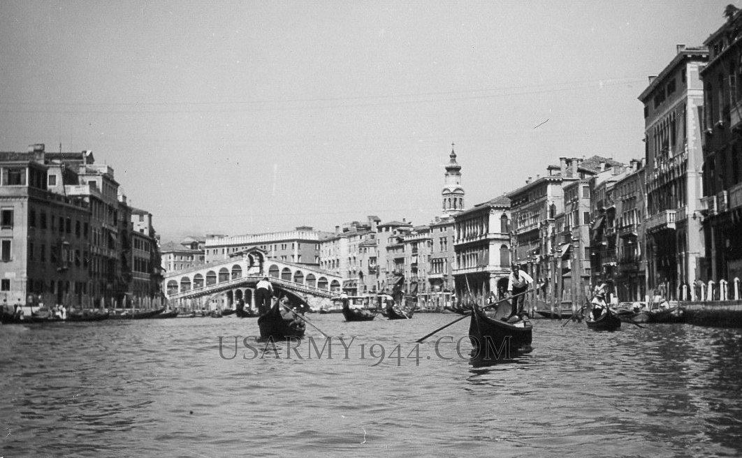Gondole a Venezia 1945