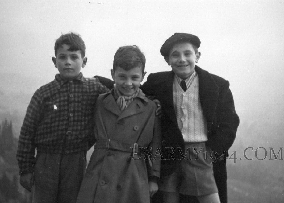 Italian Kids 1944
