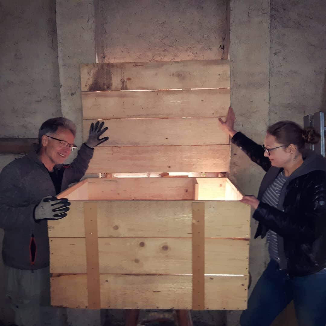 Begutachtung des Schleiereulenkasten © Hilarius Häußler