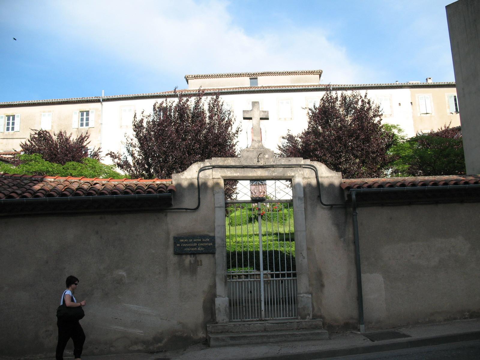 Côté avenue