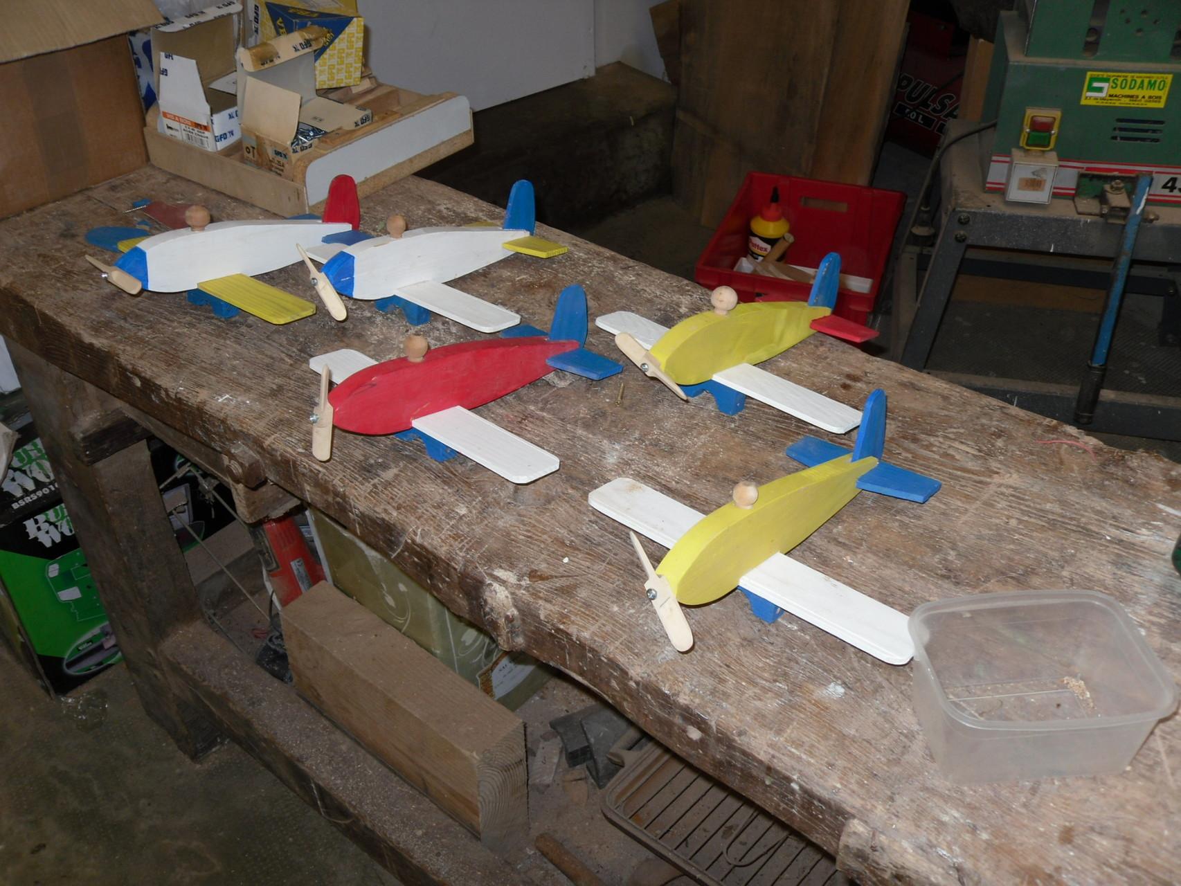 Montage de l'escadrille d'avions