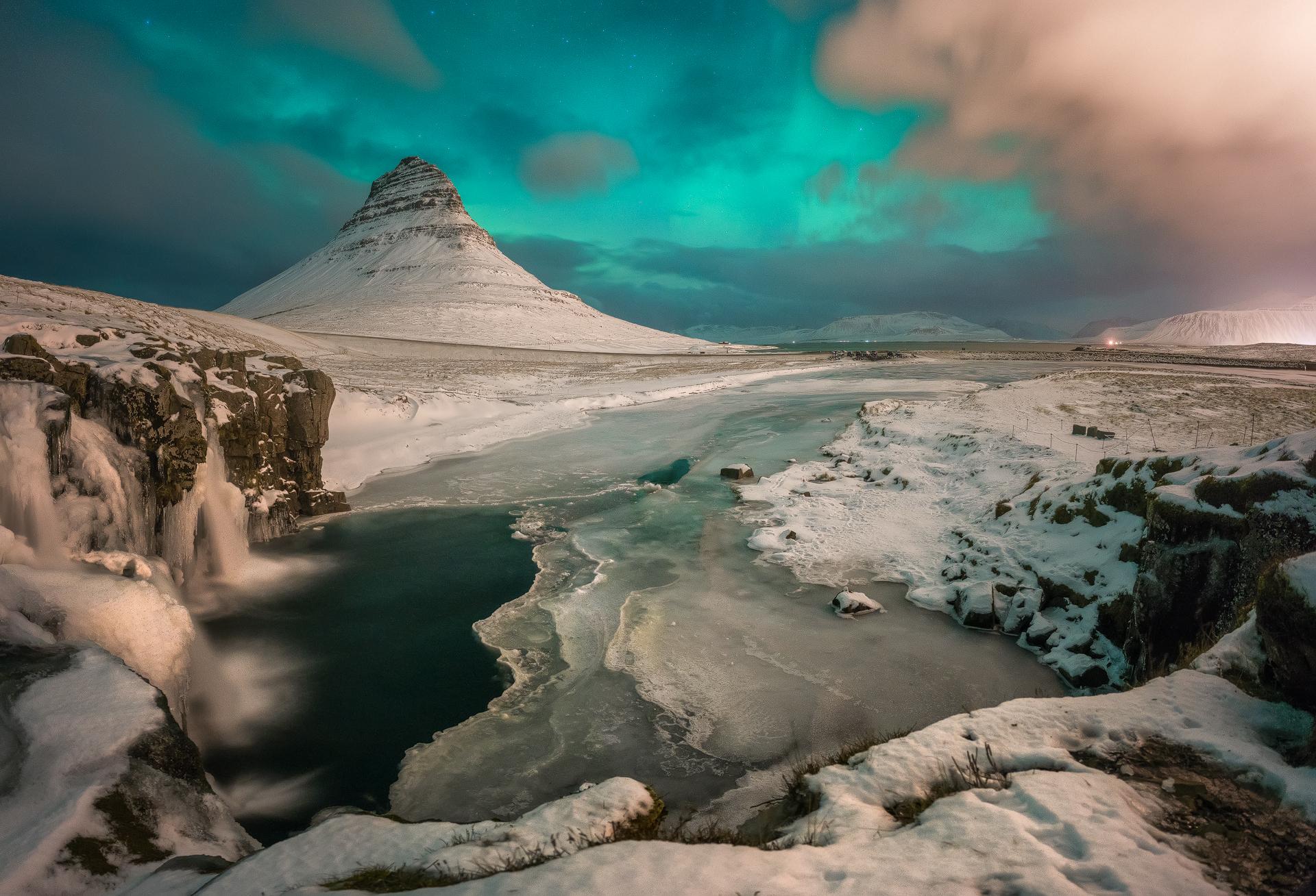 Kirkjufellfoss © ( Maurizio Casula Photo )
