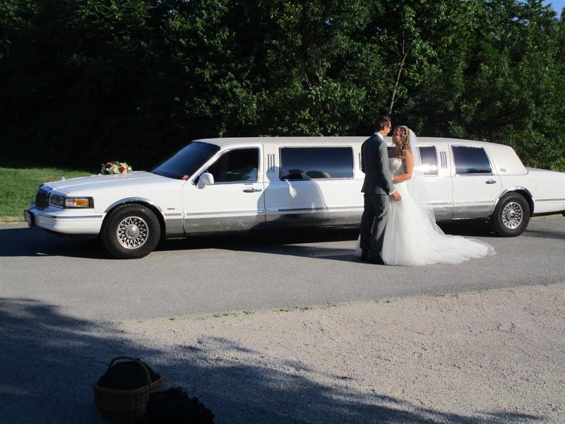 Oldtimertreff - Stretchlimousine Verleih, Hochzeitsauto, Brautauto weiß