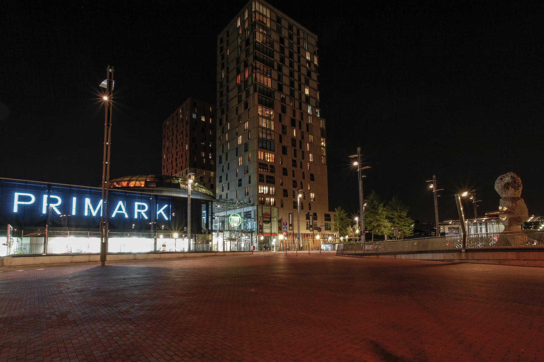 Nachtfoto Primark Zoetermeer - DOKOE Fotografie