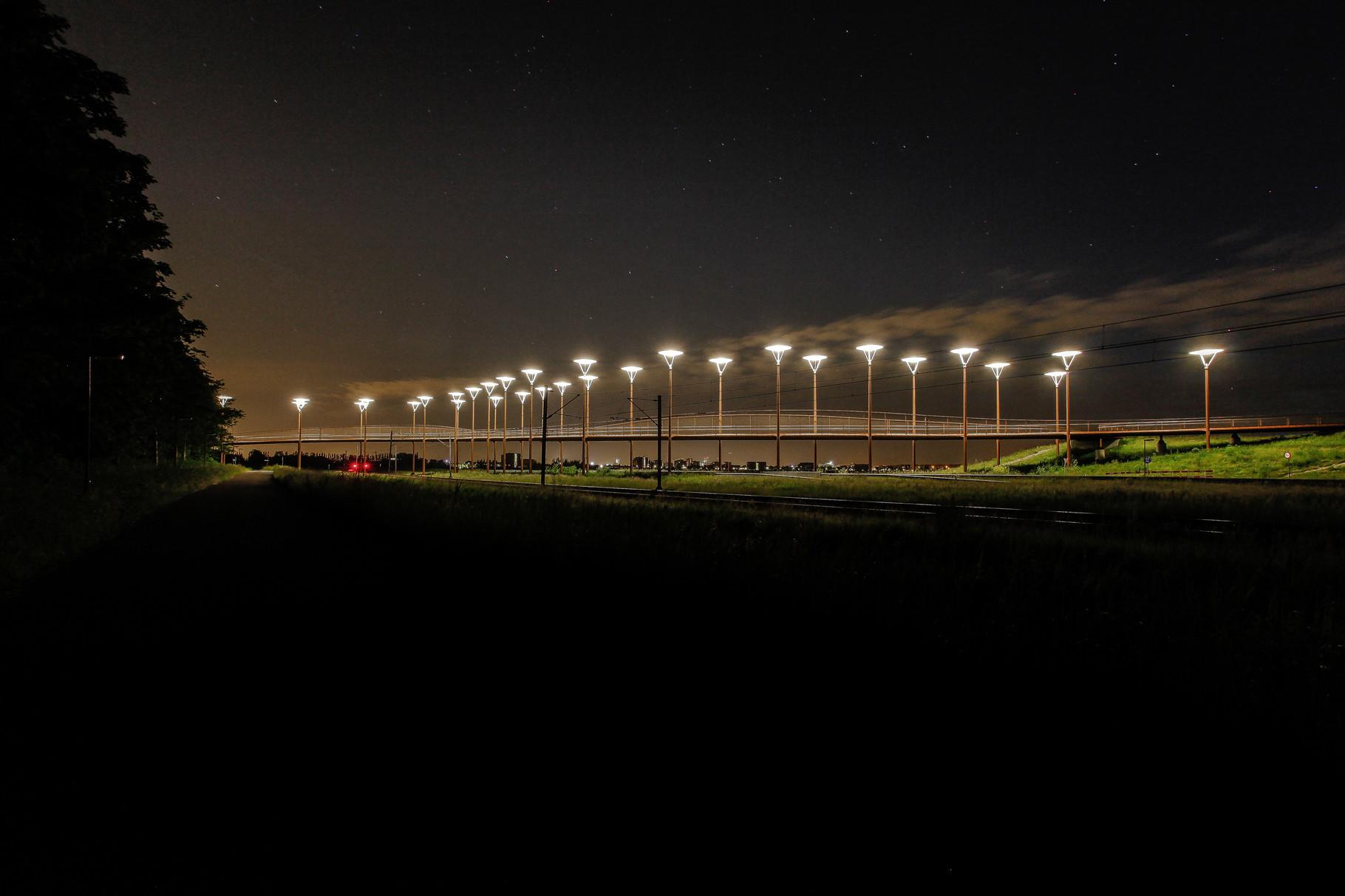 Nachtfoto brug Leidschenveen-Westerpark - DOKOE Fotografie