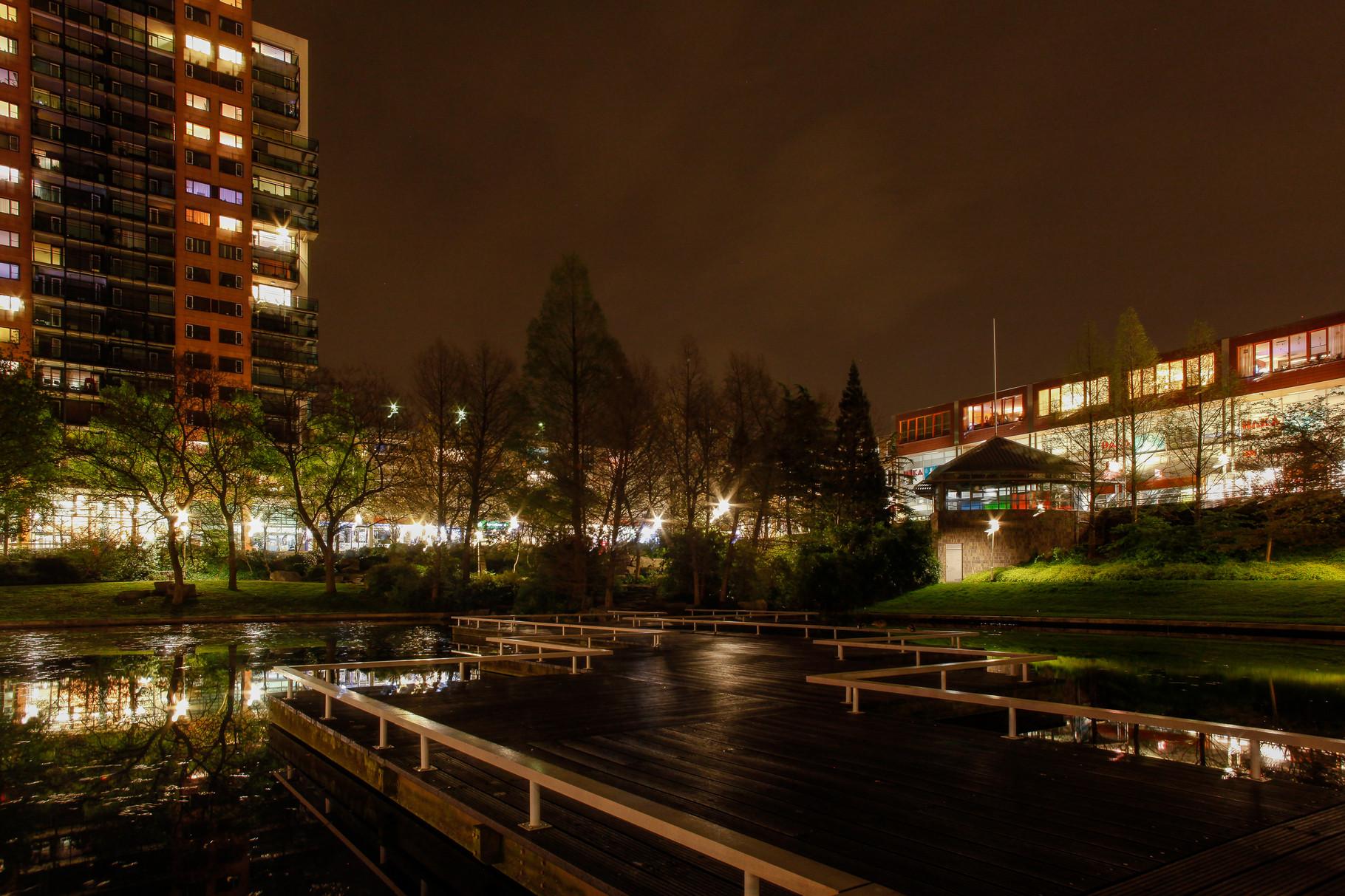 Nachtfoto stadshart Zoetermeer - DOKOE Fotografie