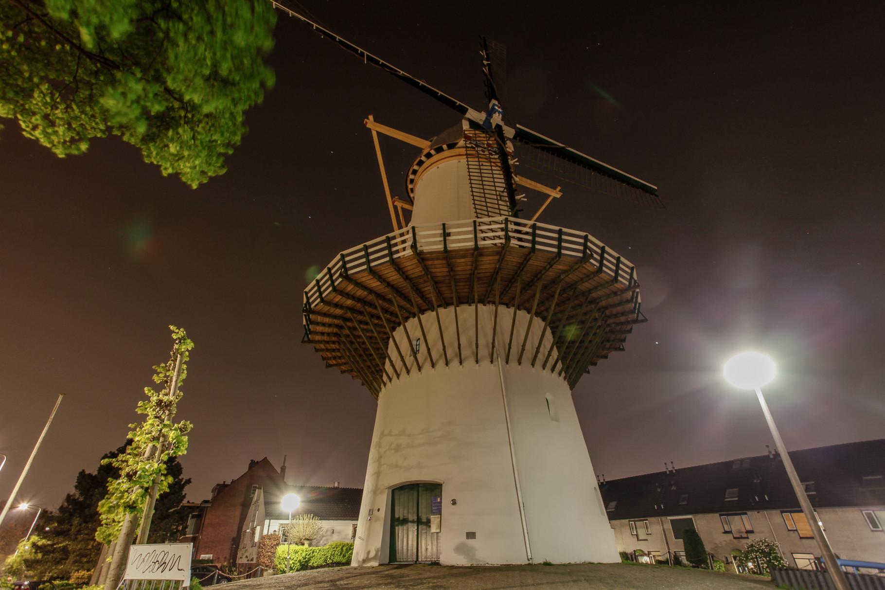 Nachtfoto oude molen Zoetermeer - DOKOE Fotografie