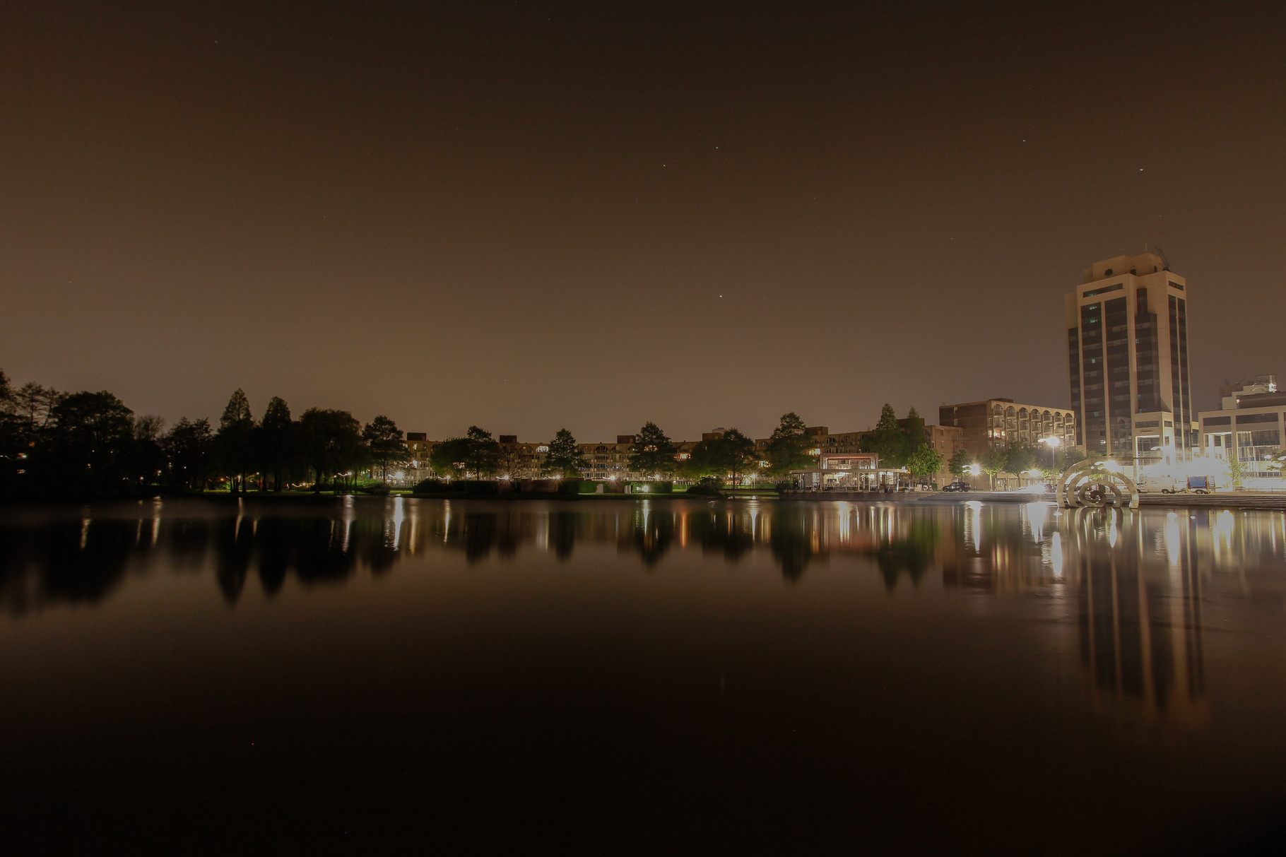 Nachtfoto Dobbeplas Zoetermeer - DOKOE Fotografie