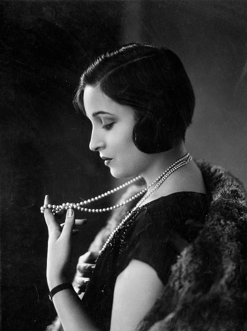 Alice Joyce (1925)