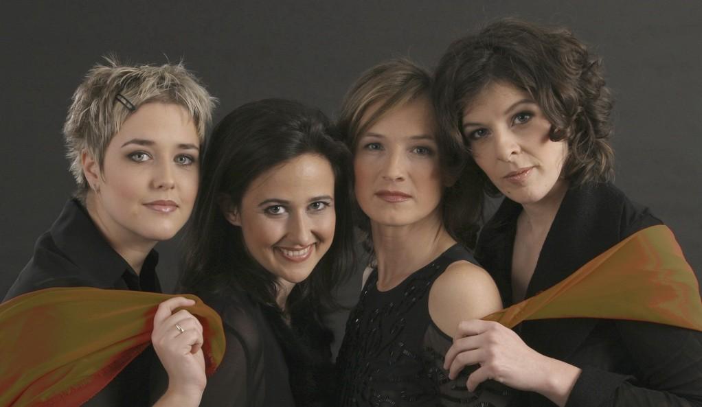 Velvet Voices 2005